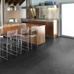 Vinylboden ausgelegt in der Küche