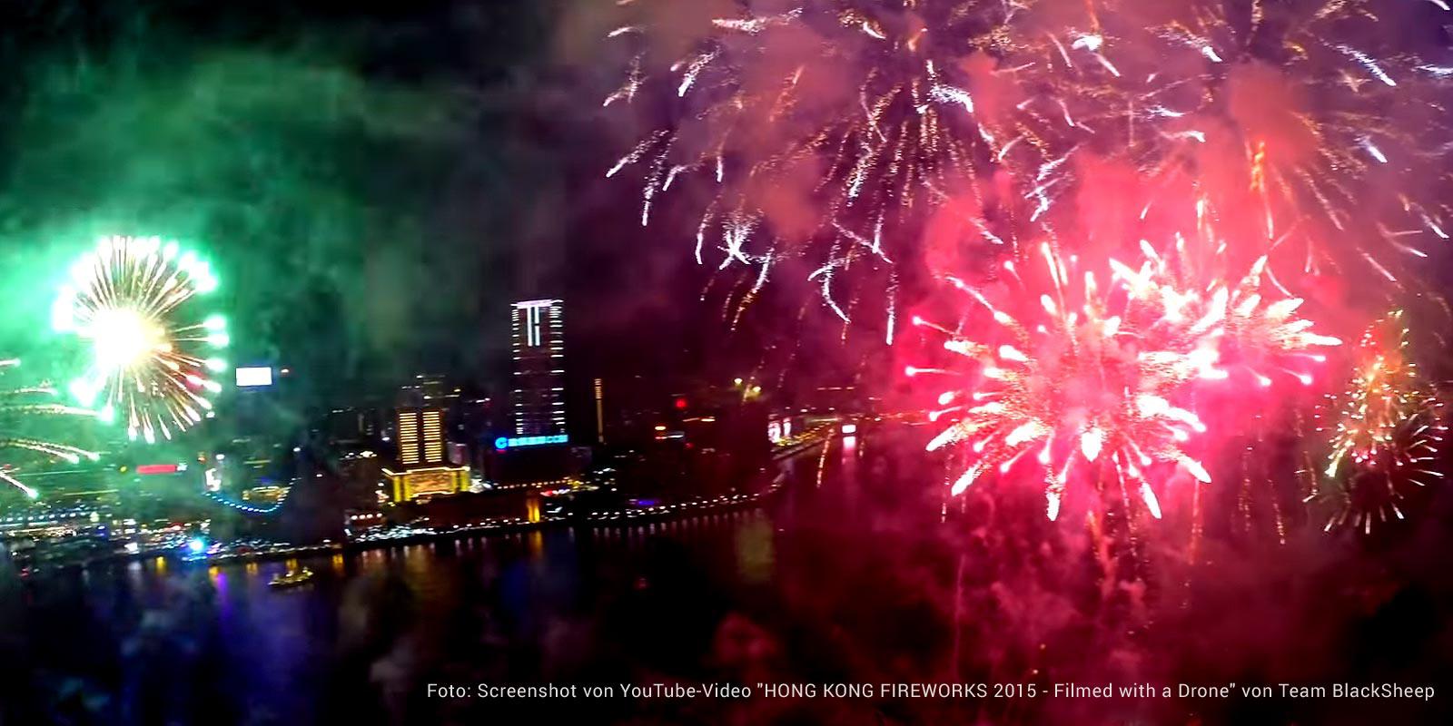 Hongkong Feuerwerk aus Dronensicht